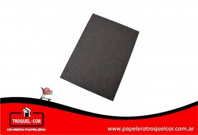 Carton Montado Negro 50 X 70 Cm